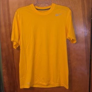 Men's Nike Dri-Fit T-Shirt Size M